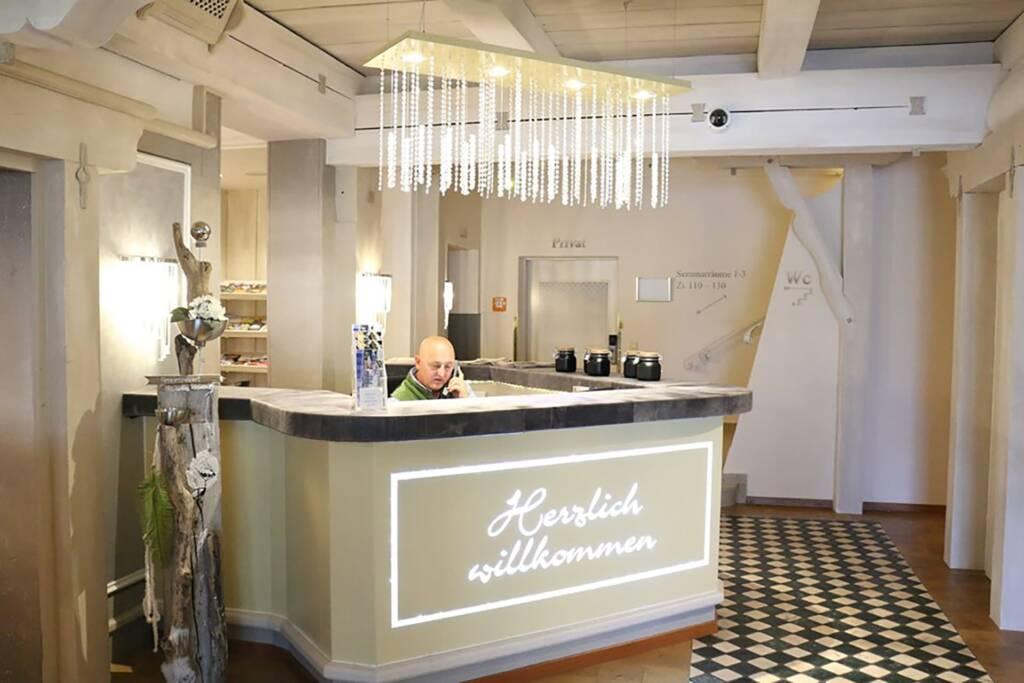 Herzlich Willkommen im Schlosshotel Lacknerhof